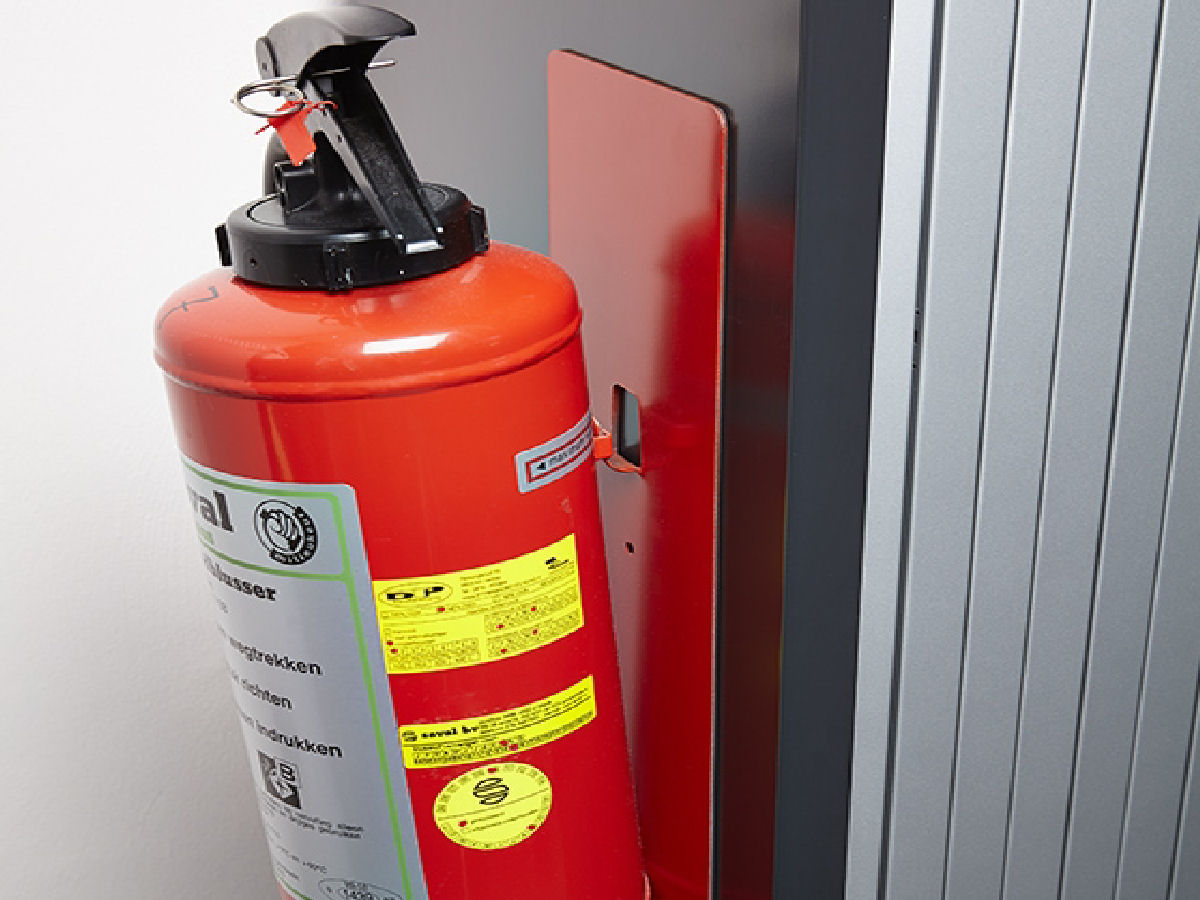 magnetic fire extinguisher