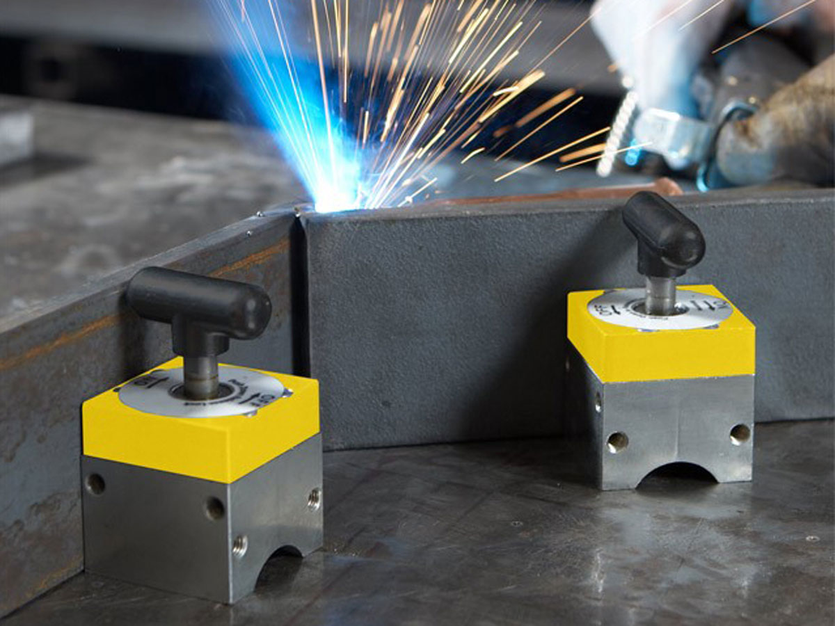 Switchable welding magnet with flexible angel Magsquare