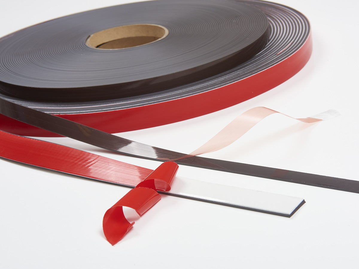 selfadhesive flexible magnetic tape